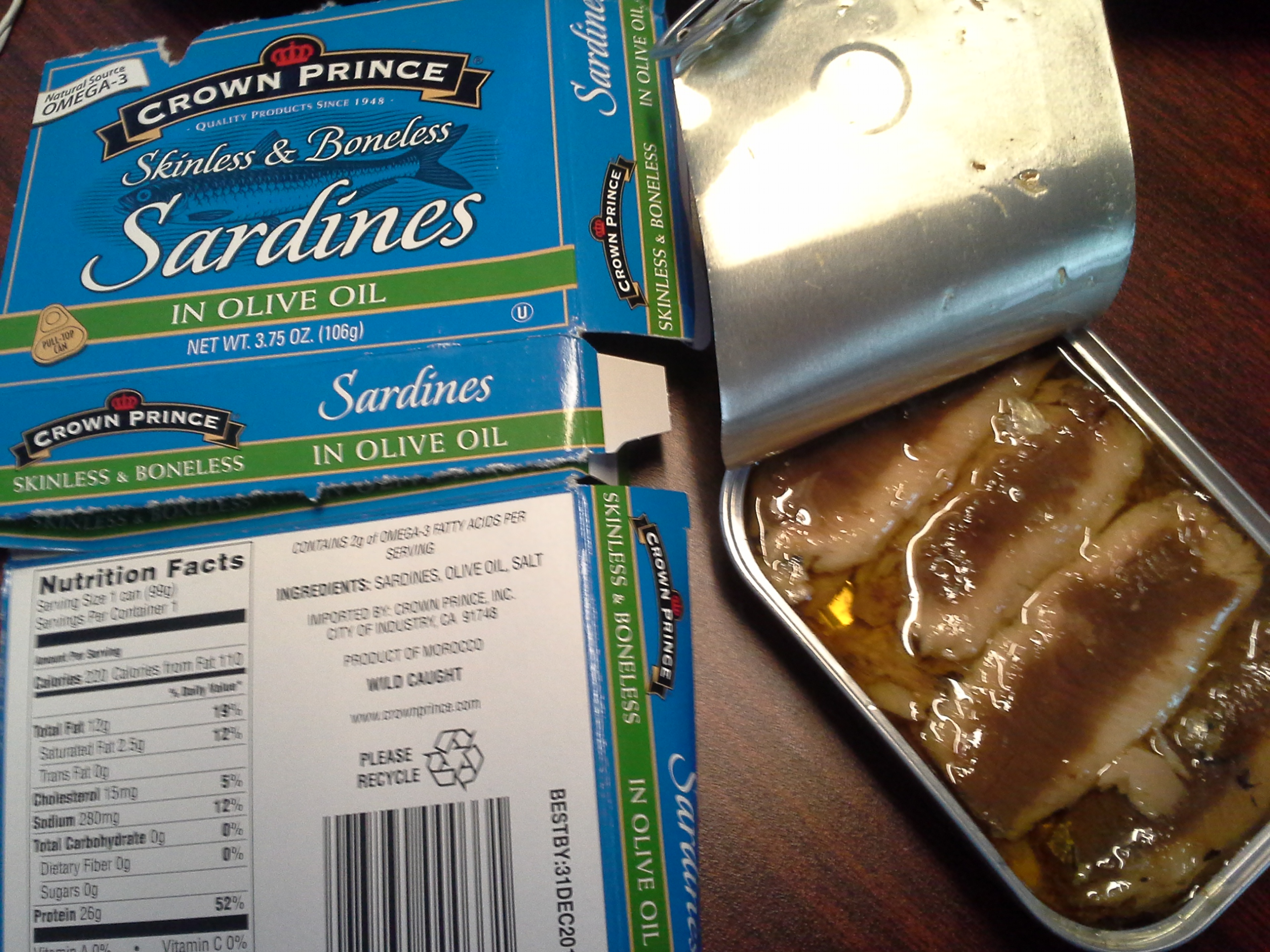 Lunch: 1:10 p.m. | 3.75 oz. sardines in olive oil
