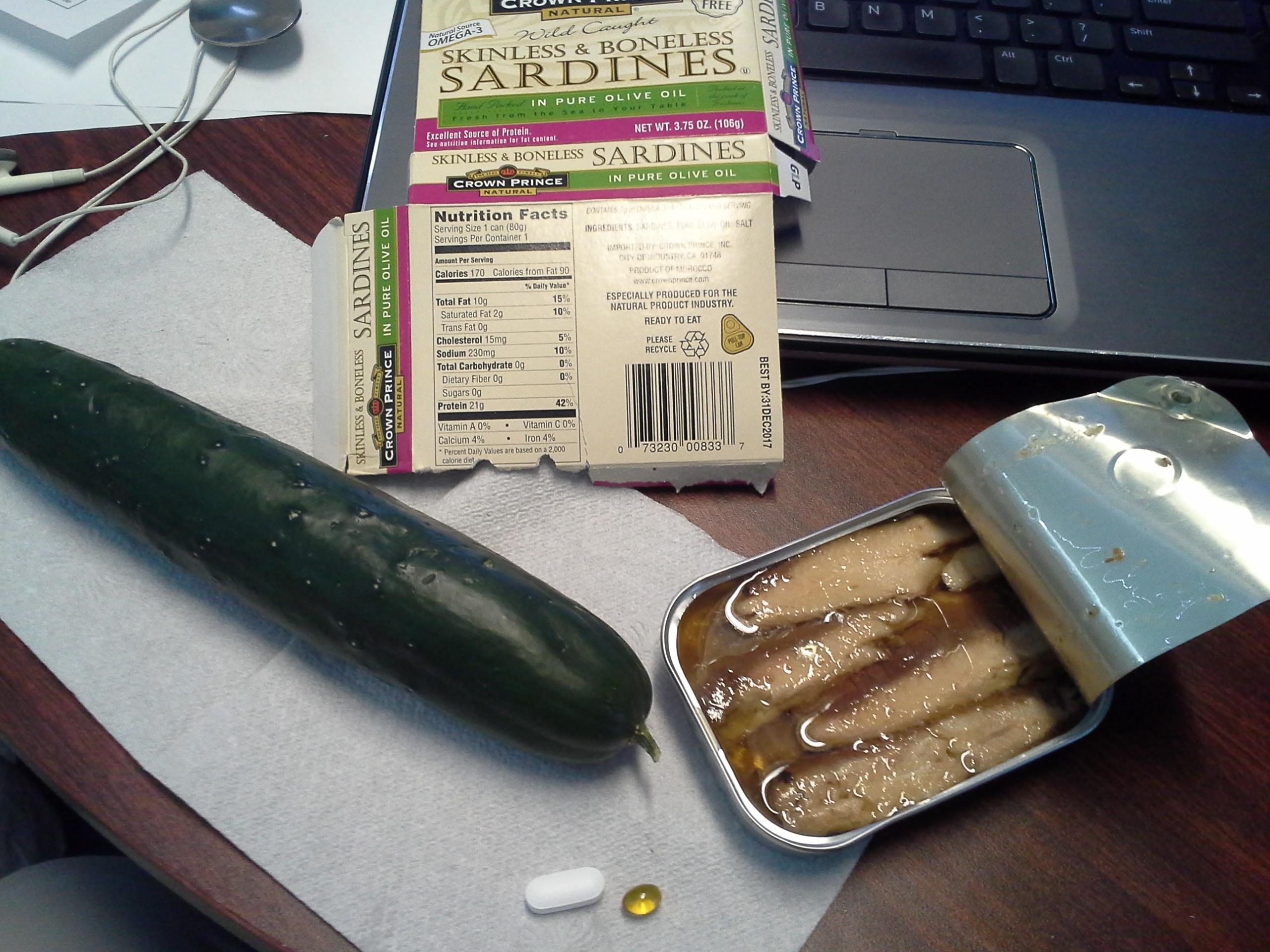 Lunch: 2:40 p.m. | 3.75 oz. sardines in olive oil, 1 cucumber, 5,000 IU Vitamin D capsule, Calcium/Magnesium/Zinc caplet