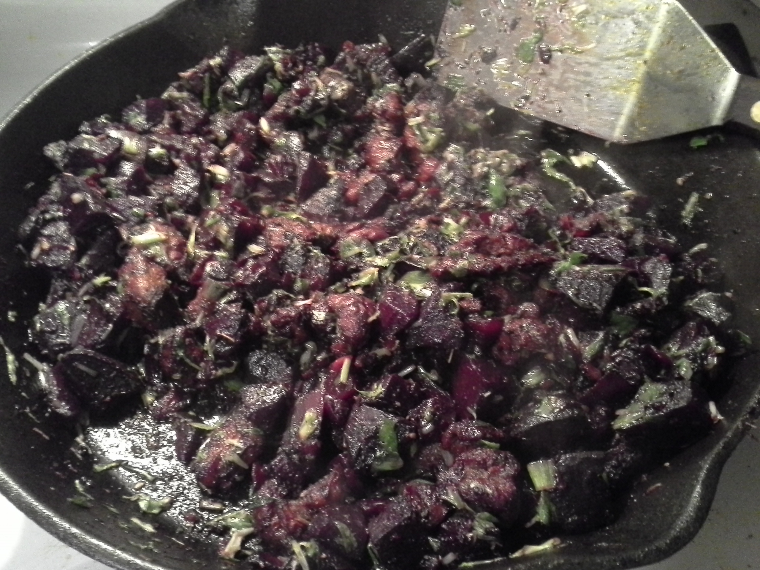 Dinner: 9:50 p.m. | 8 oz. beef, 2 beets, frisee endive, 1/2 sweet onion, 4 cloves garlic, 2 Tbsp. coconut oil, herbs & spices