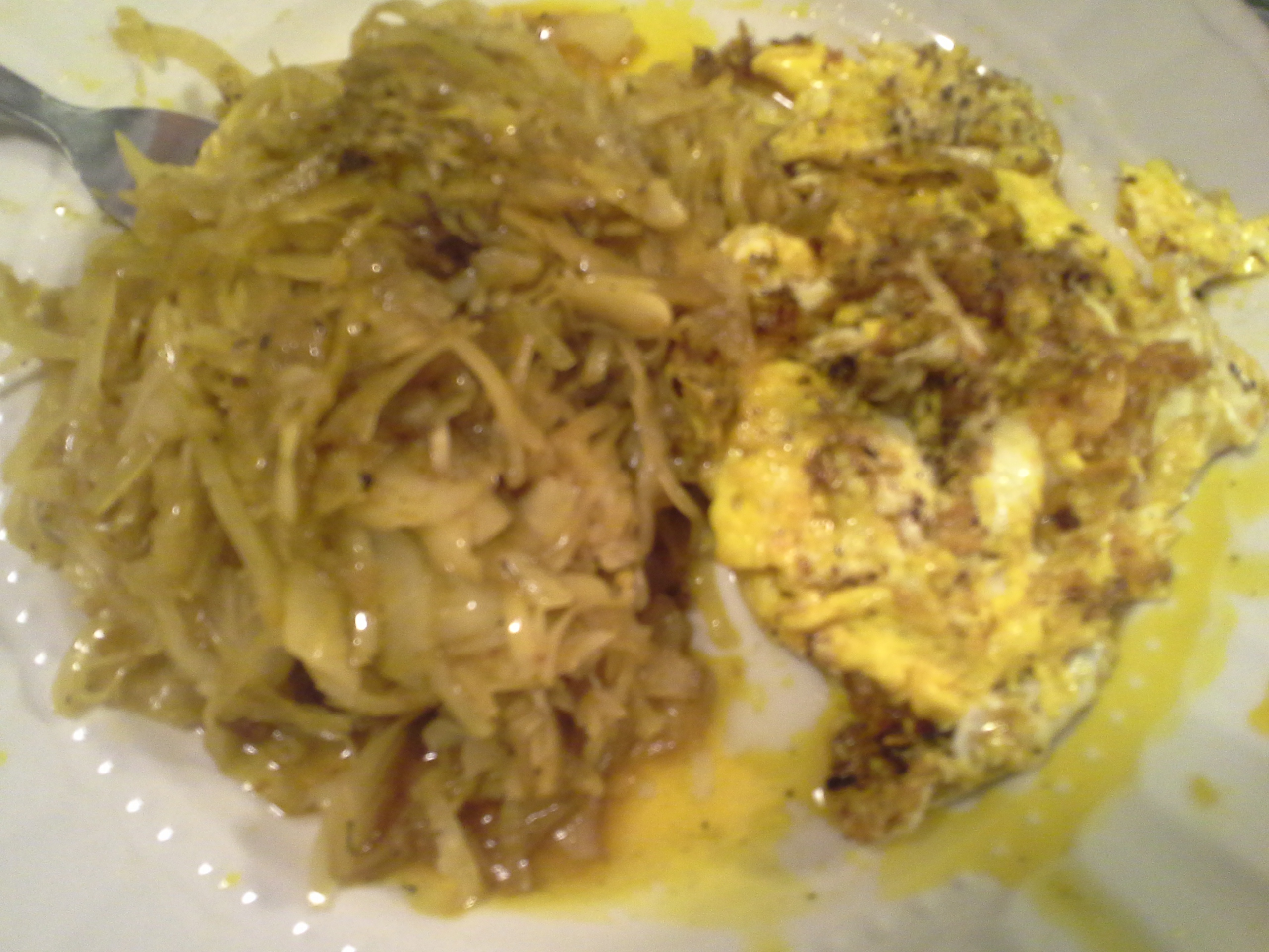 Dinner: 7:35 p.m. | 2 eggs, sauerkraut, 2 Tbsp. red palm oil