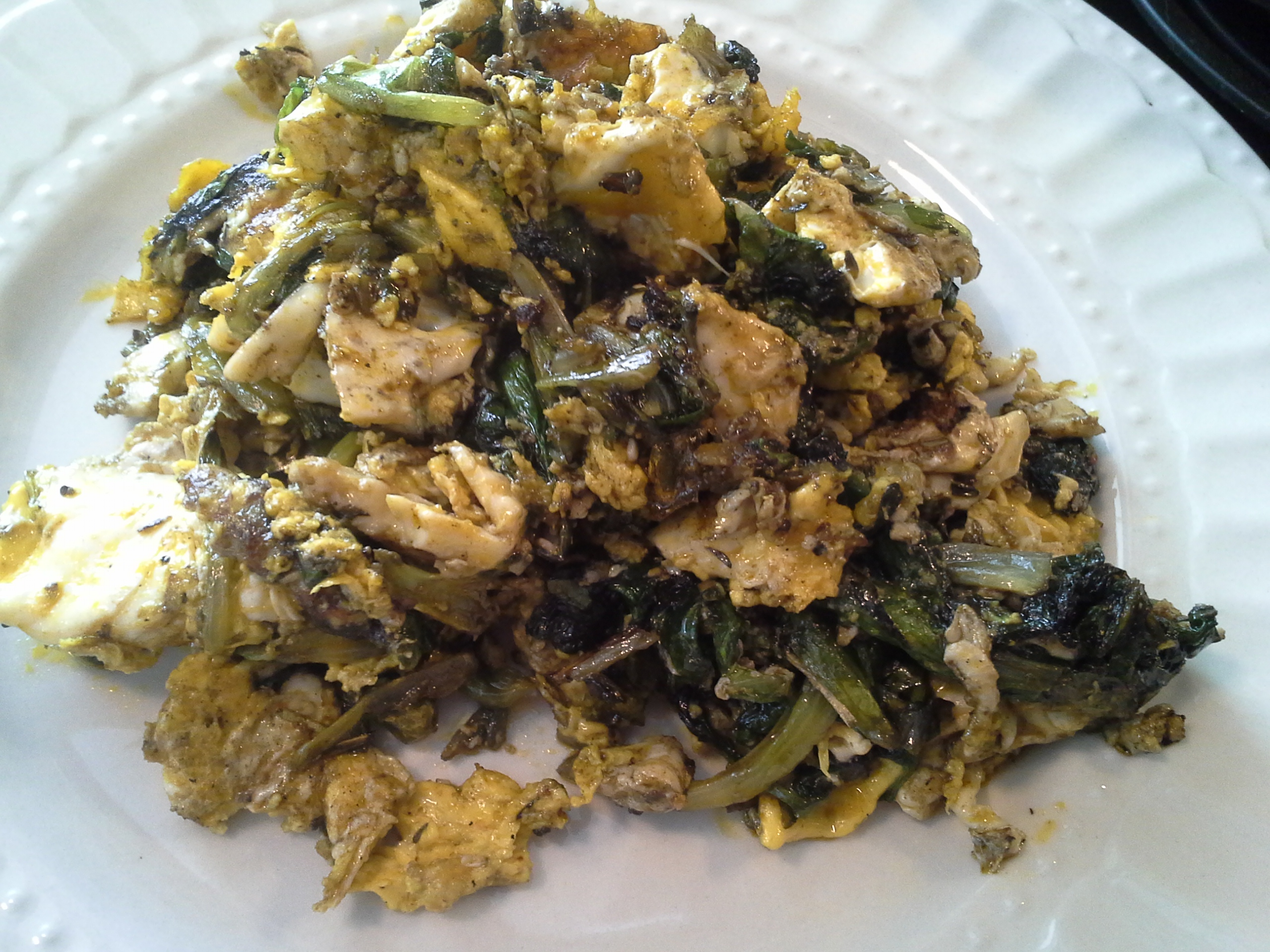 Breakfast: 11:45 a.m. | 4 eggs, lettuce, 2 Tbsp. red palm oil, herbs & spices