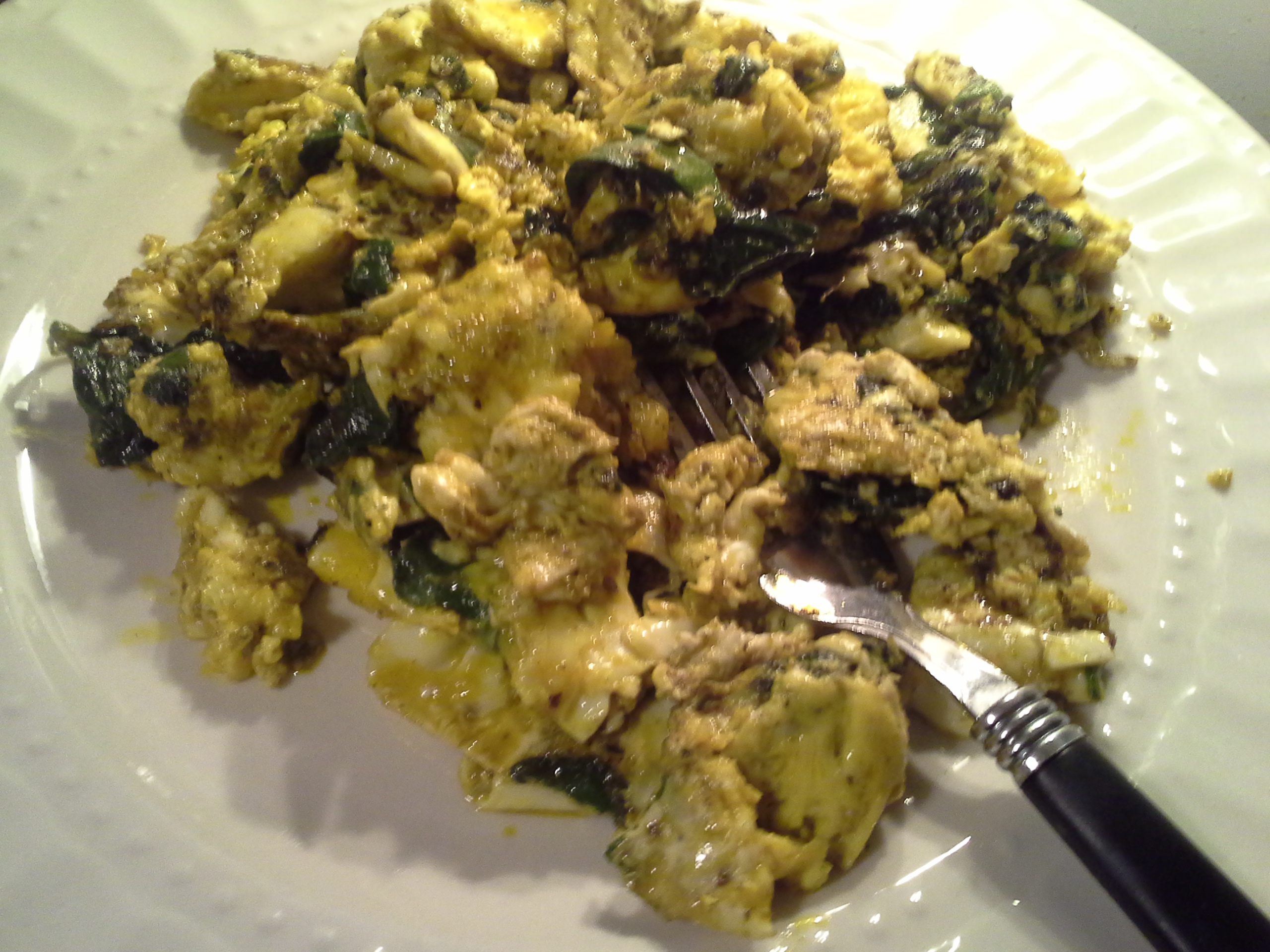 Lunch: 5:50 p.m. | 4 eggs, greens mix, 2 Tbsp. red palm oil, herbs & spices
