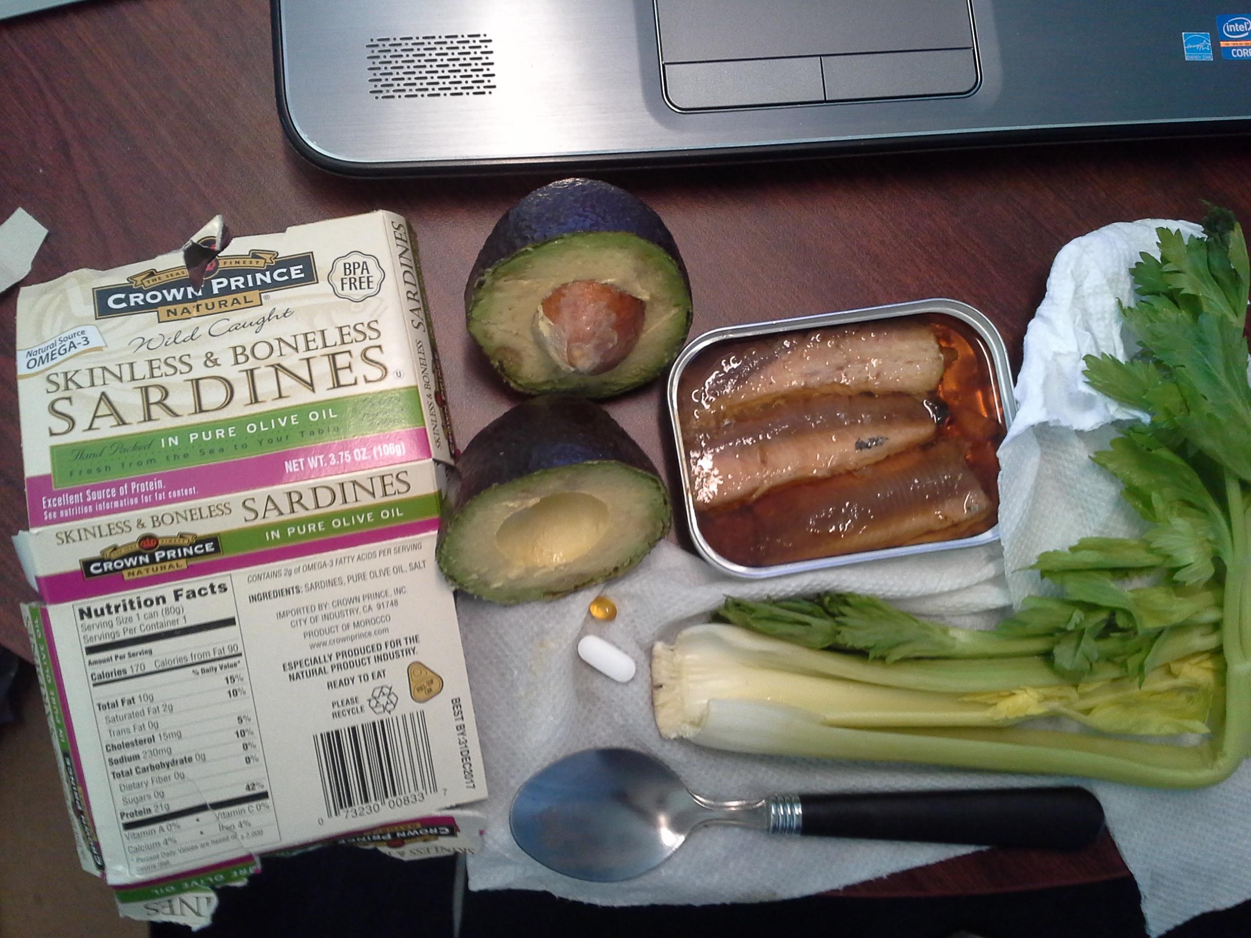 Lunch: 4:45 p.m. | 3.75 oz. sardines, 1 avocado, 2.5 stalks celery, 5,000 IU Vitamin D capsule, Calcium/Magnesium/Zinc caplet