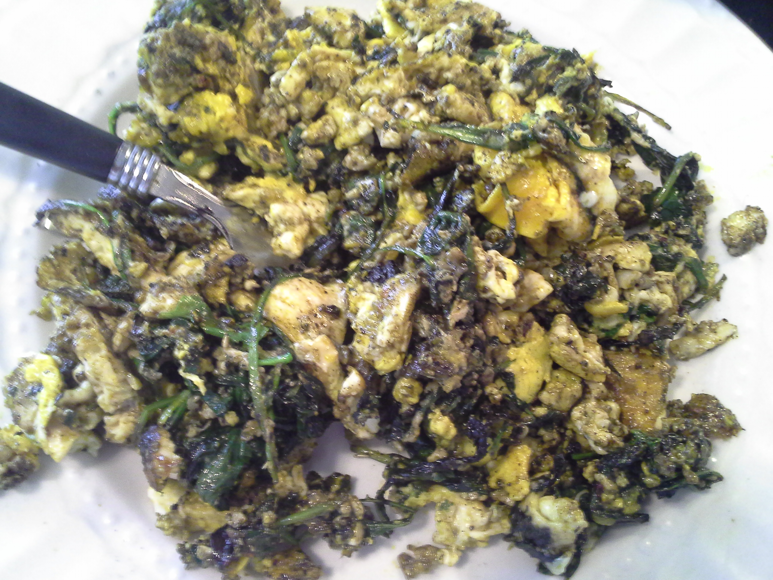 Breakfast: 11:40 a.m. | 4 eggs, greens mix, 2 Tbsp. red palm oil, herbs & spices