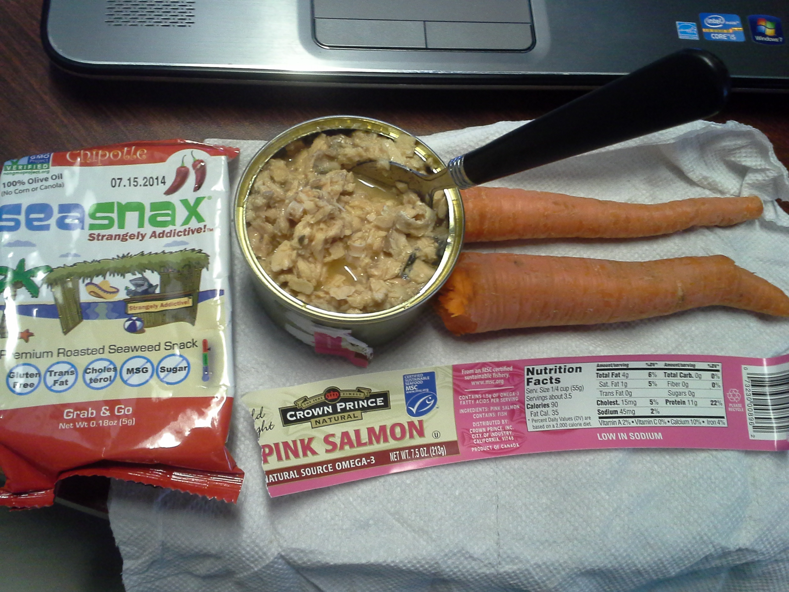 Lunch: 4:15 p.m. | 7.5 oz. salmon, 2 carrots, .18 oz. chipotle SeaSnax seaweed, 5,000 IU Vitamin D capsule, Calcium/Magnesium/Zinc caplet