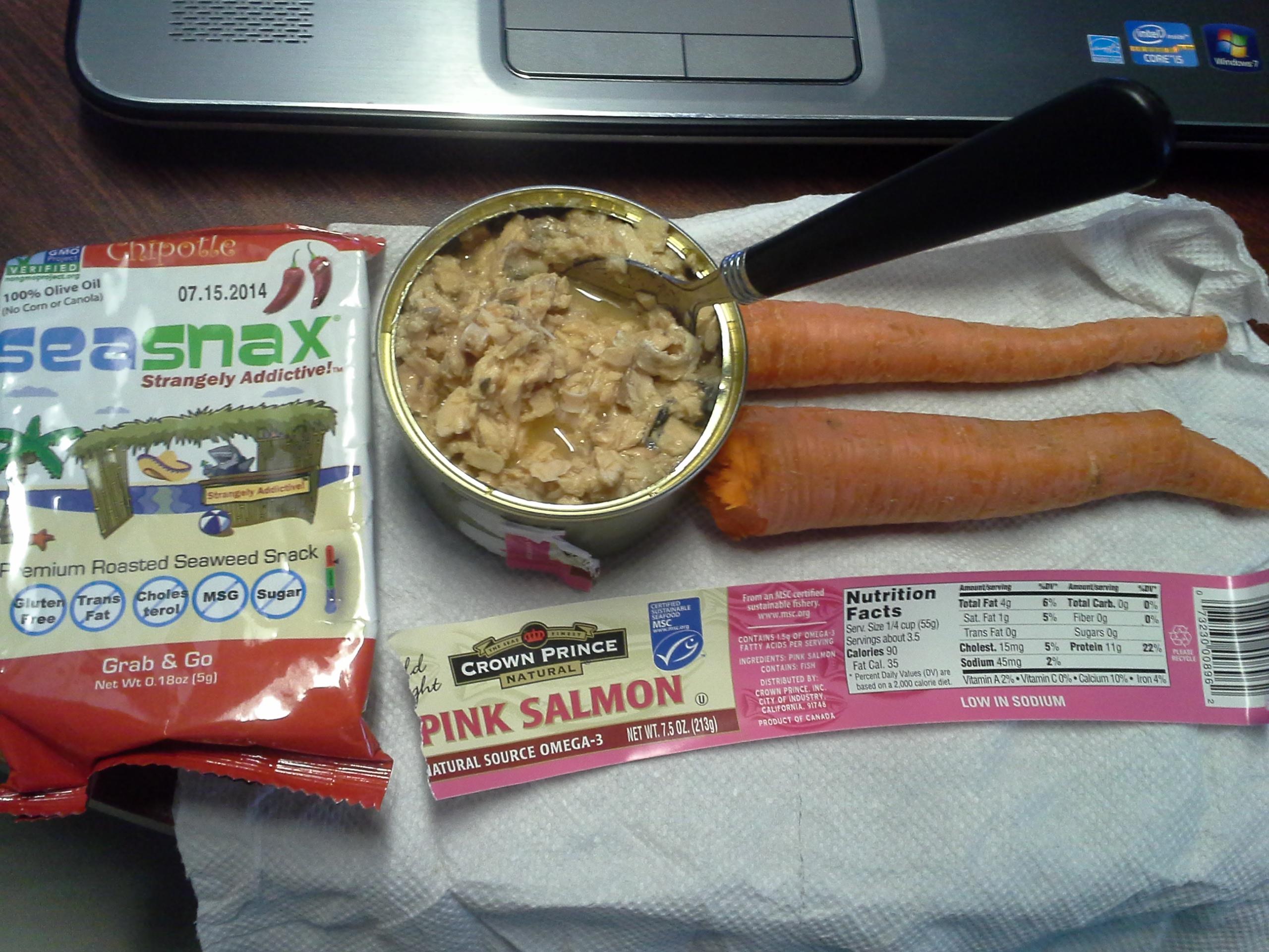 Lunch: 4:15 p.m. | 7.5 oz. salmon, 2 carrots, .18 oz. chipotle SeaSnax seaweed, 5,000 IU Vitamin D capsule, Calcium/Magnesium/Zinc caplet