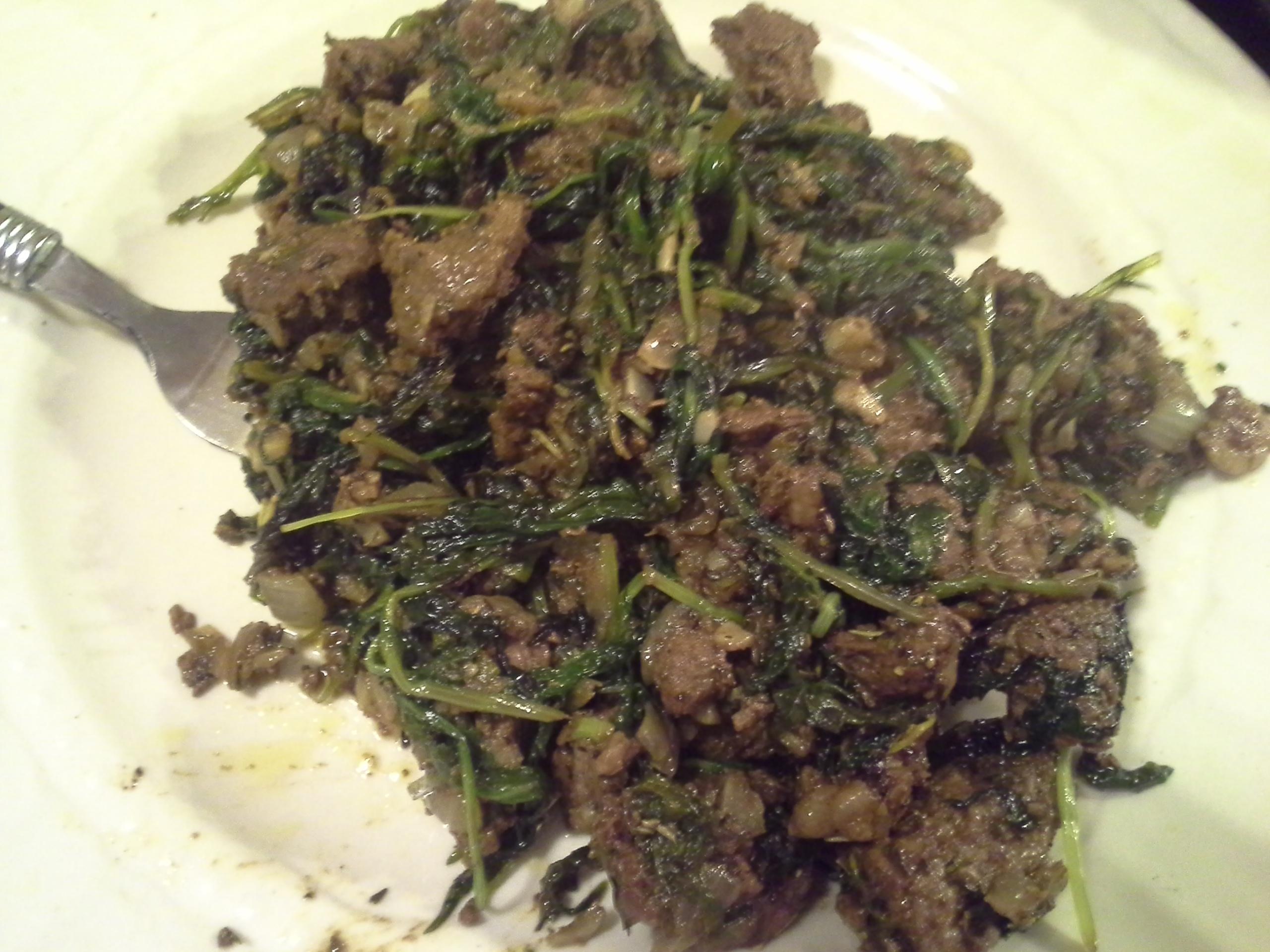Dinner: 10:40 p.m. | 12.5 oz. steak, greens mix, 1/2 sweet onion, 4 cloves garlic, 2 Tbsp. coconut oil, herbs & spices